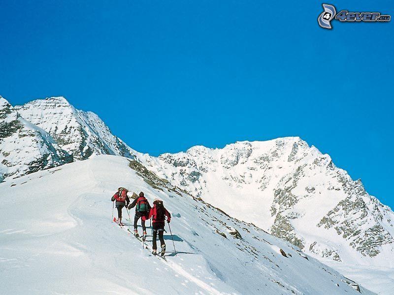 narciarze, skialpinizm, Włoskie Alpy, góry, śnieg