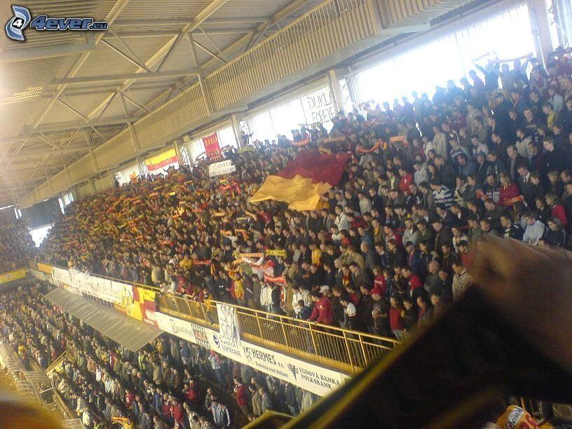 stadion, publiczność, trybuna