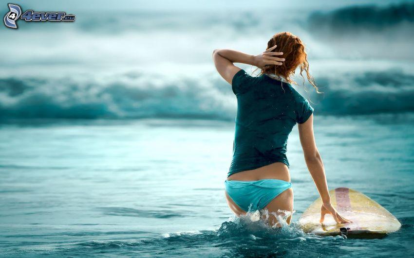 surfowanie, morze, sexowna kobieta w bikini, rudowłosa