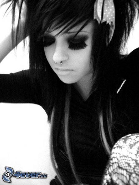 emo dziewczyna, grzywka, piercing