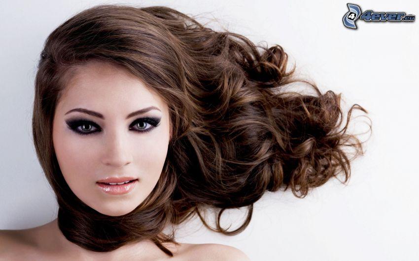 fryzura, brunetka, długie włosy