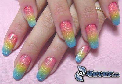 paznokcie, kolory tęczy, kosmetyki