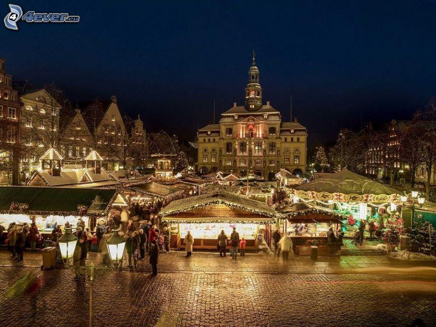 Hamburg, rynek, miasto nocą