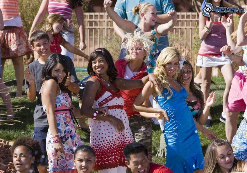 High School Musical 2, Vanessa Hudgens, Ashley Tisdale