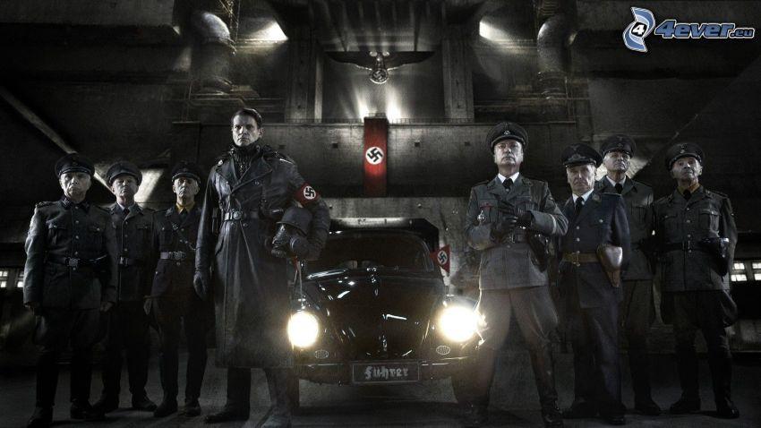 Iron Sky, Naziści, film