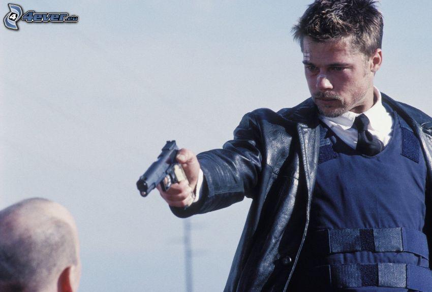 Se7en, mężczyzna z pistoletem, Brad Pitt