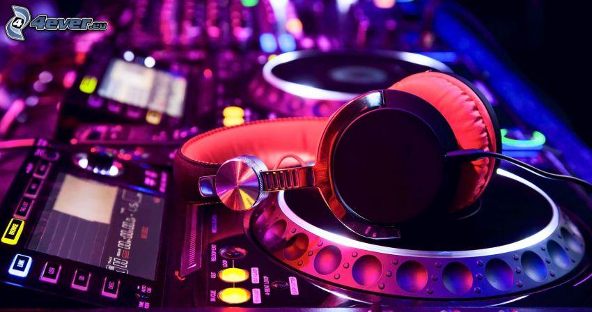 DJ Mixer, konsola dyskdżokeja, słuchawki