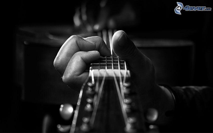 głowa gitary, ręka
