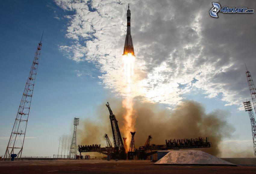 start rakiety, platforma startowa