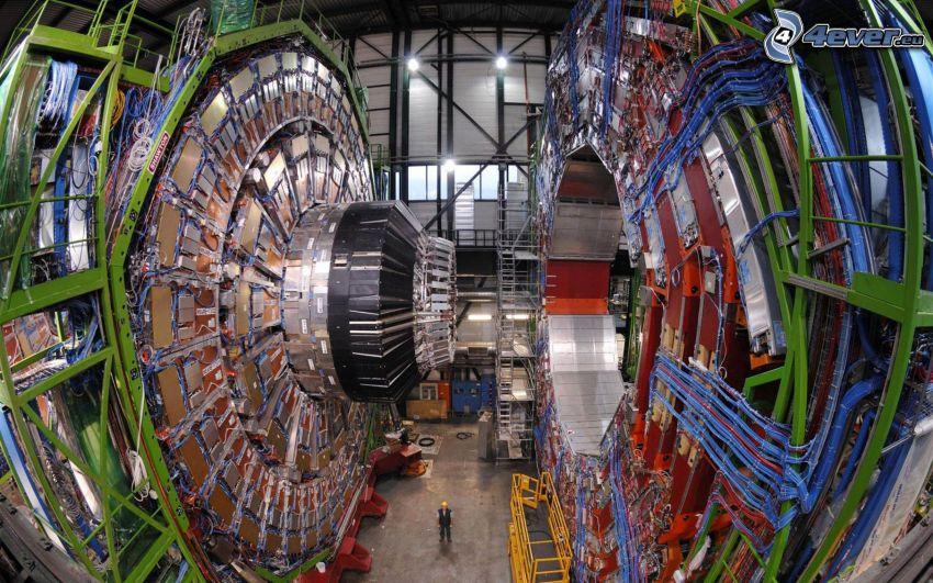 wielki zderzacz hadronów LHC