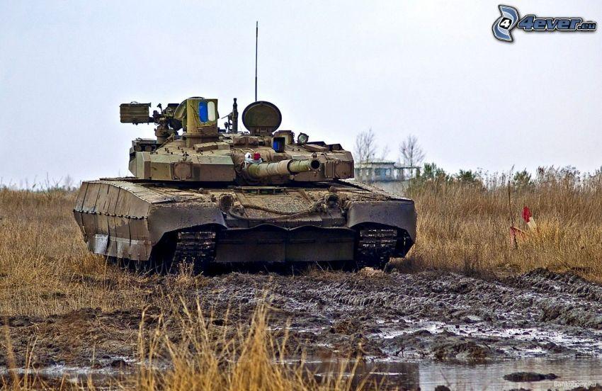 T-84, czołg, błoto