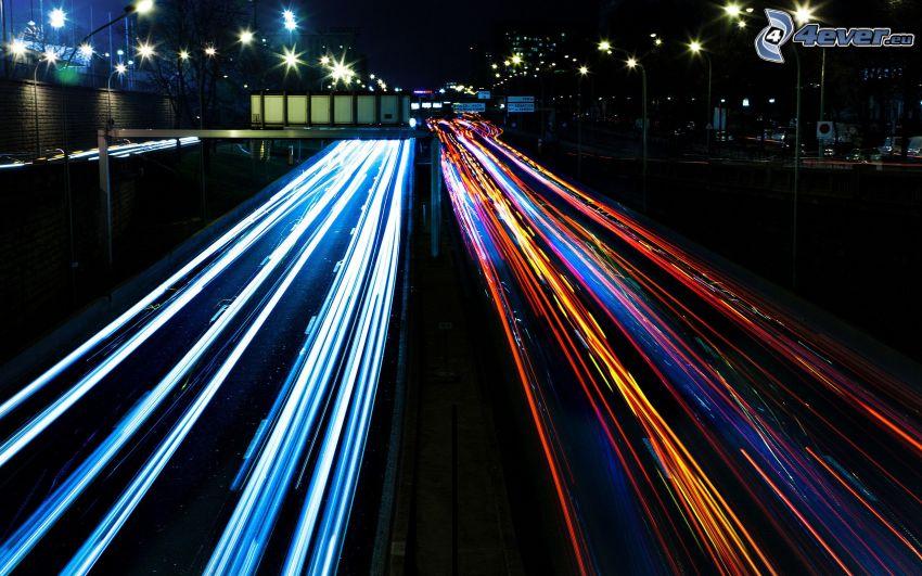 autostrada nocą, światła, miasto nocą