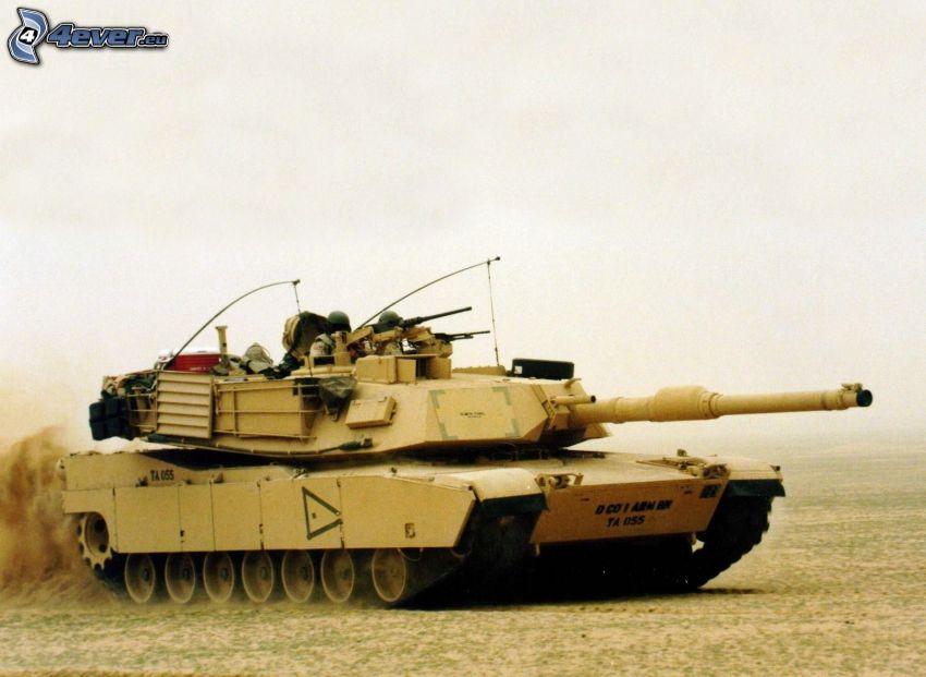 czołg, żołnierze, pył