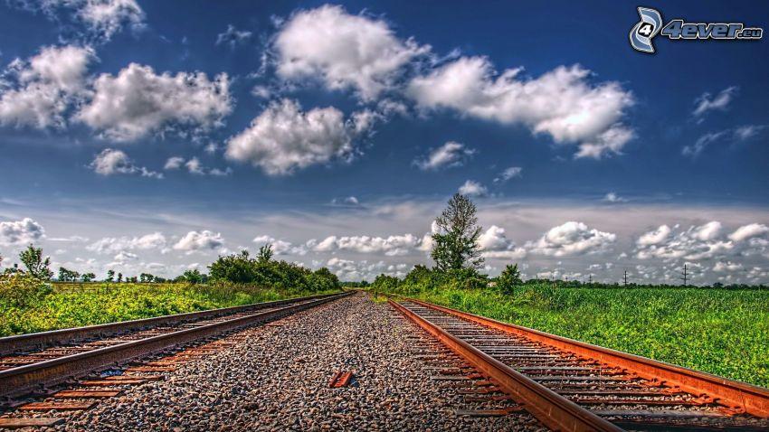 kolej żelazna, tory kolejowe, chmury, HDR