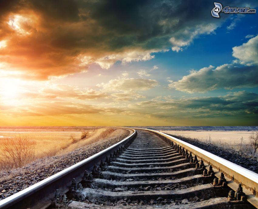 tory kolejowe, śnieg, chmury, zachód słońca, zakręt