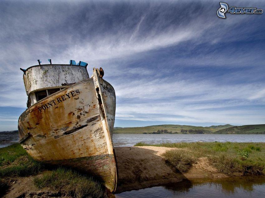 wrak łodzi, morze, HDR