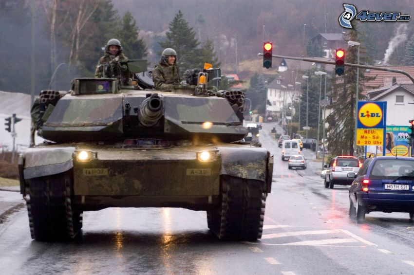 czołg w mieście, M1 Abrams, Frankfurt