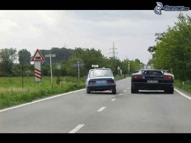 Škoda 120 vs. Lamborghini