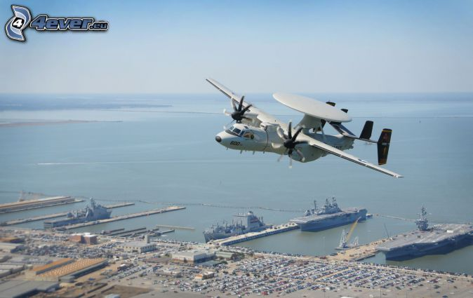 Grumman E-2 Hawkeye, prístav