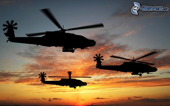 AH-64 Apache, silueta vrtuľníku, oranžová obloha, po západe slnka