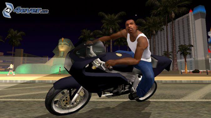 GTA San Andreas, motorka, sfinga, nočné mesto