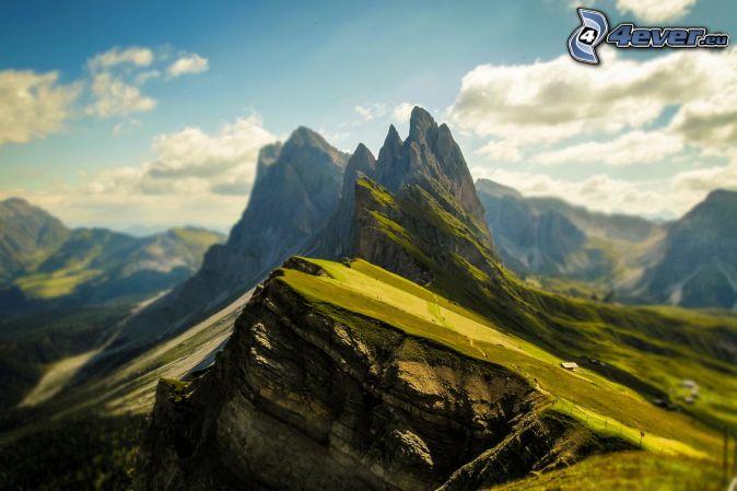 Dolomity, skalnaté hory