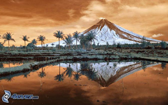 Mount Mayon, zasnežená hora, jazero, palmy, Filipíny