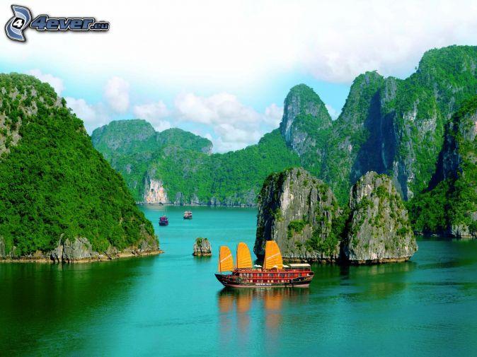 skaly v mori, čln