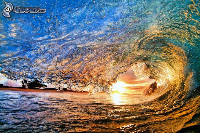 vlna, západ slnka za morom