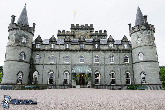 hrad Inveraray, chodník