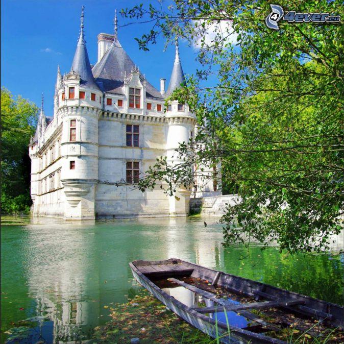 Zámok , hrad pri vode , francúzsko , čln , listnatý strom