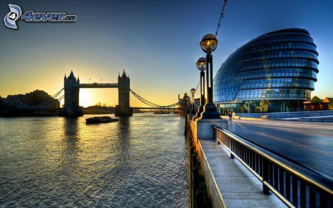 Tower bridge londýn anglicko temža východ slnka budova