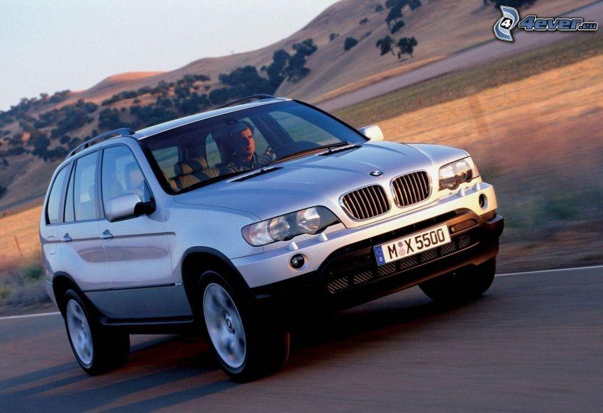 BMW X5, rýchlosť