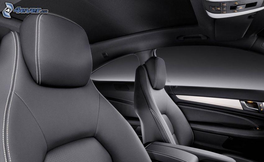 Mercedes-Benz, interiér, sedačka