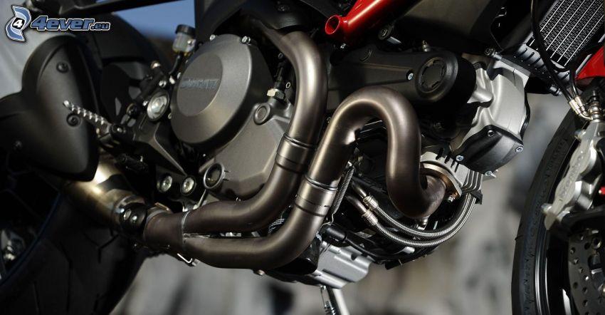 Ducati Monster 1100, motor