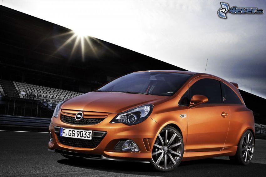 Opel Corsa, tribúna, slnko