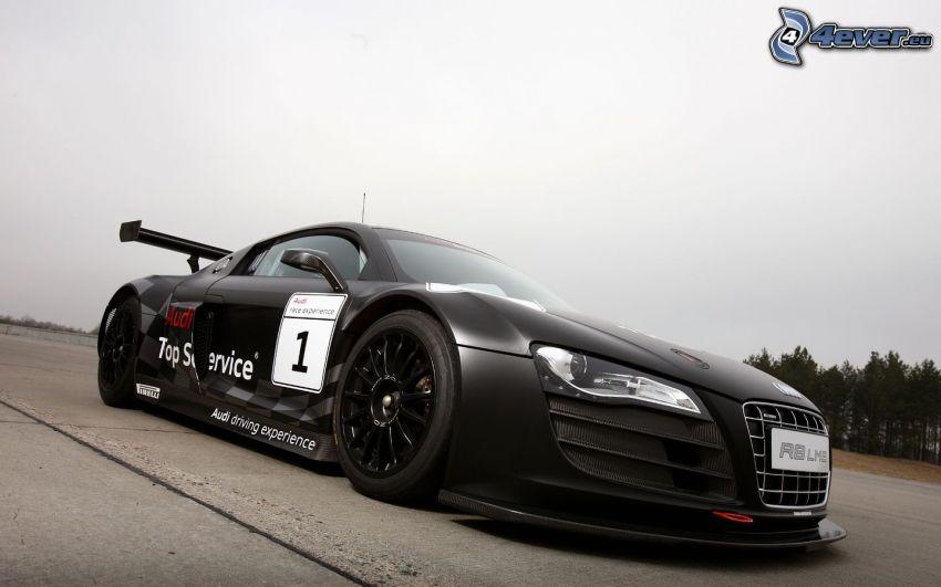 Audi R8, pretekárske auto