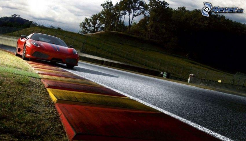 Ferrari F430 Scuderia, pretekársky okruh
