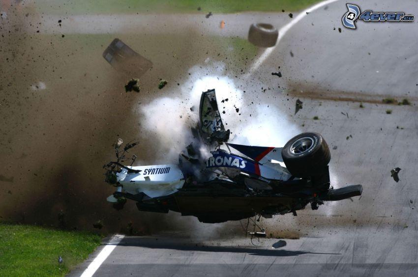Formula 1, havária, dym