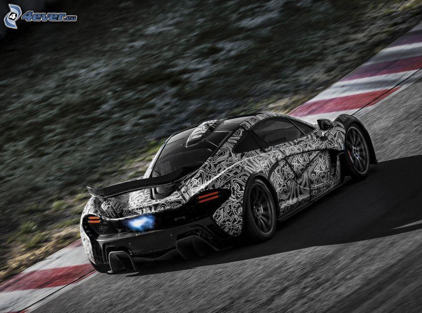 McLaren P1, pretekársky okruh, rýchlosť