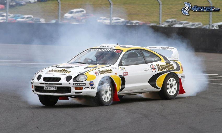 Toyota, pretekárske auto, drift, dym
