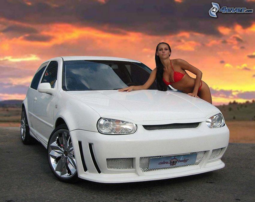 Volkswagen Golf, Miss Tuning, modelka, červené plavky, oranžová obloha