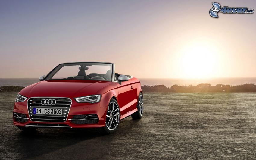 Audi S3, kabriolet, západ slnka za morom