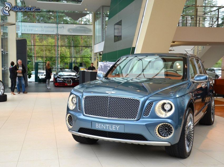 Bentley EXP 9F, výstava, autosalón
