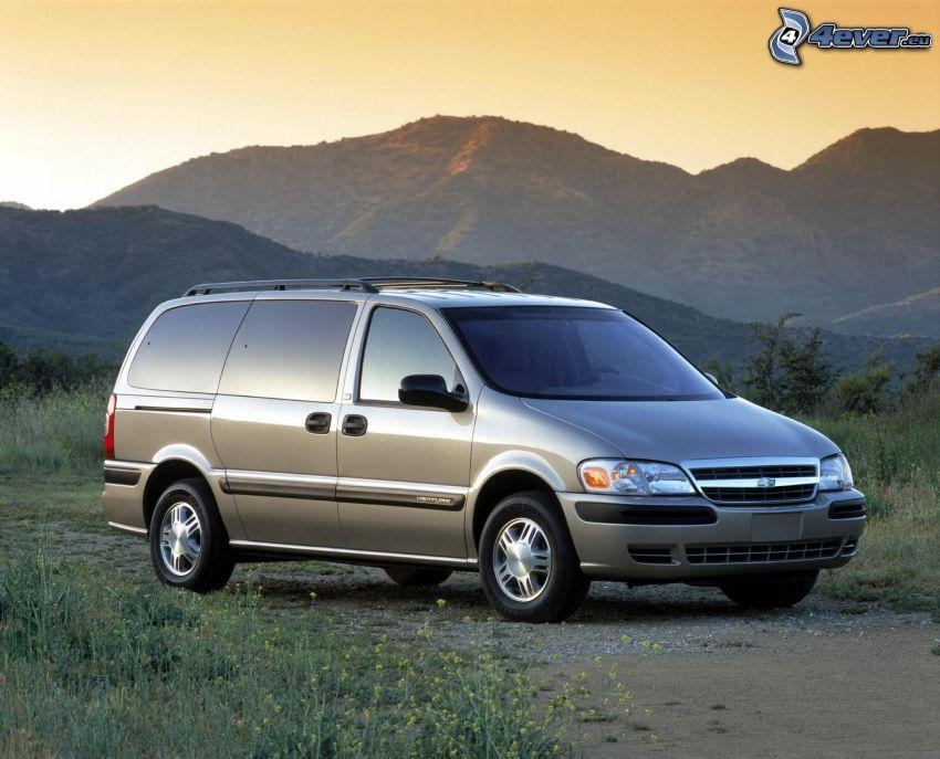 Chevrolet, dodávka, kopce