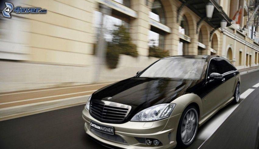 Mercedes-Benz S, rýchlosť, mesto