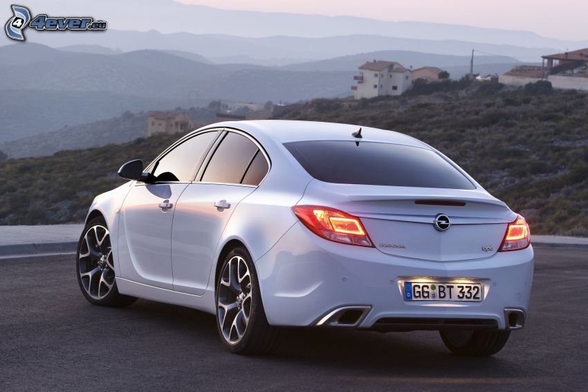 Opel Insignia OPC, pohoria, domčeky