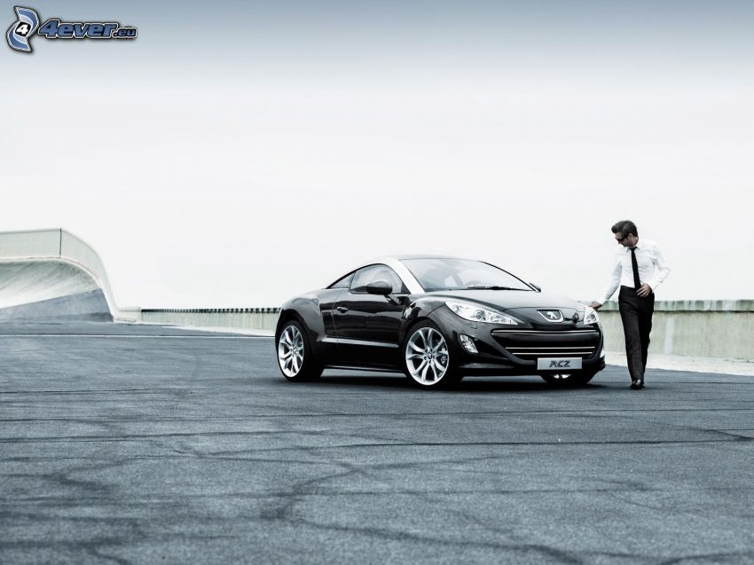Peugeot RCZ, muž v obleku