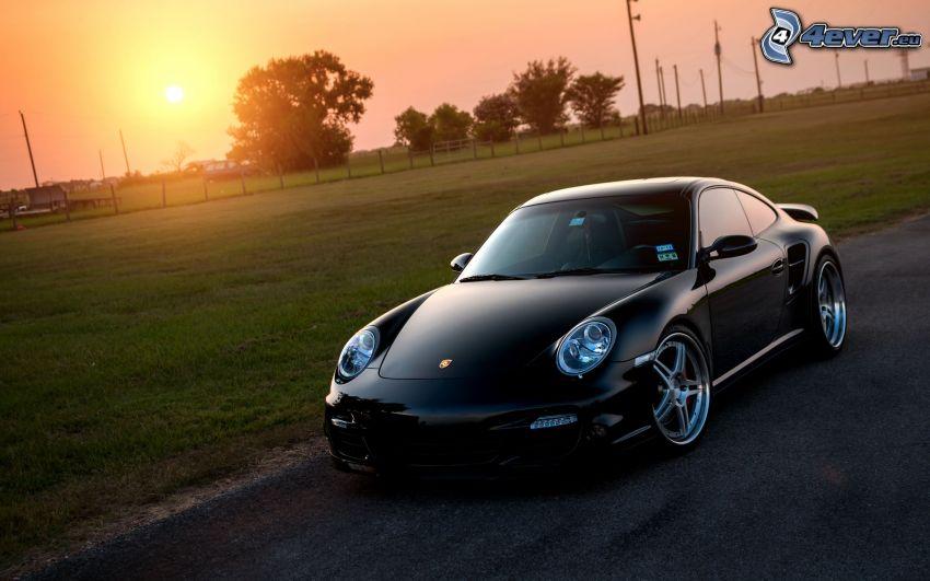 Porsche 911 Turbo, západ slnka
