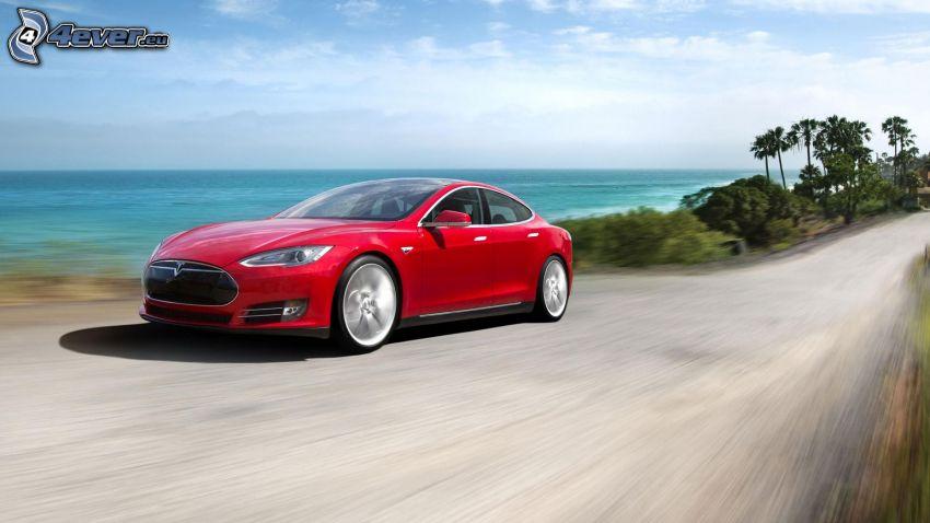Tesla Model S, elektrické auto, rýchlosť, pobrežie